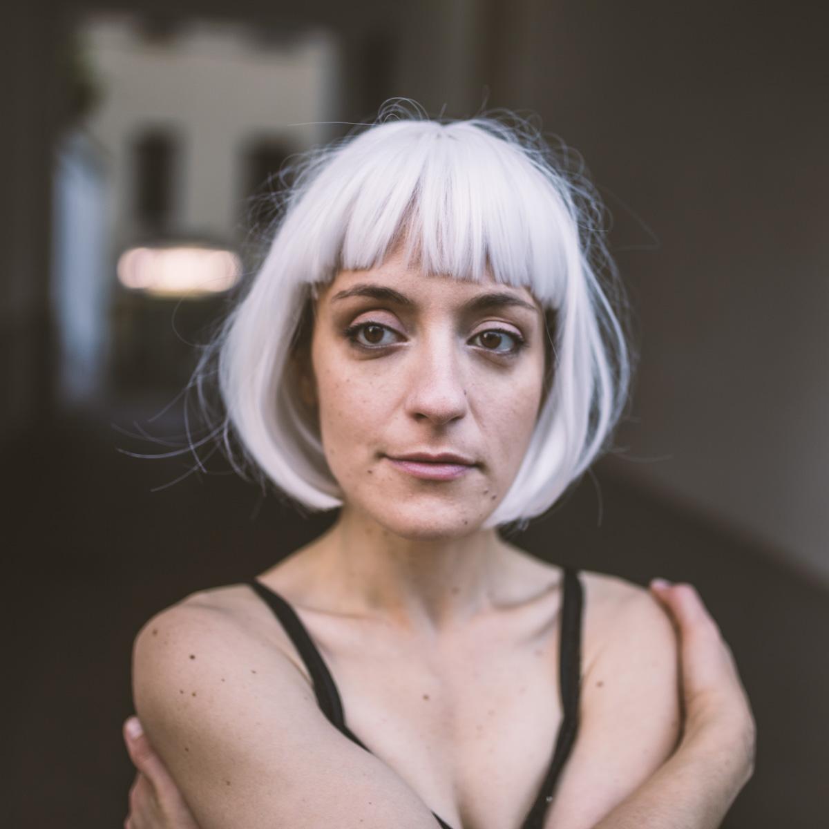 ritratto della cantante valentina del gruppo italiano Noor band